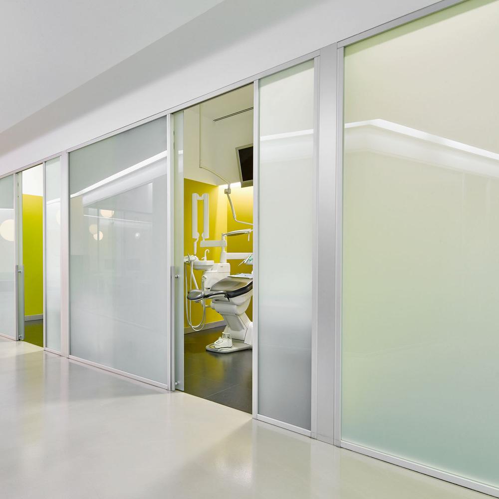 clinic-Smart glass